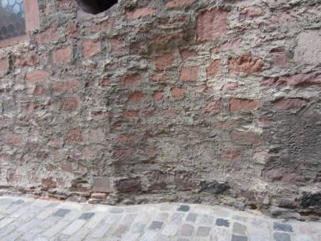 הקיר שהציל את אימו של רש