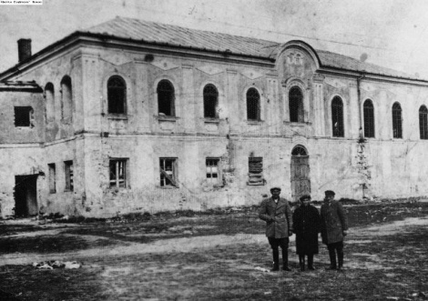 בית הכנסת בעיר איזביצה פוליןShul_in_Izhbitza