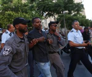 6 עצורים: בני העדה האתיופית חזרו להפגין: ניסו לחסום את התנועה