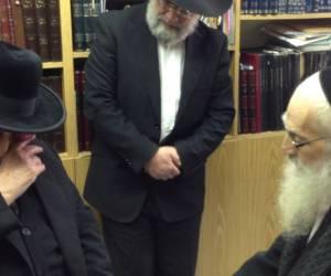 """ארבע שנים לפטירתו: הוידאו המרגש של מרן ובנו חכם יעקב יוסף זצ""""ל"""