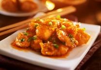 ארוחה מהירה מתכון לנגיסי עוף פריכים ברוטב חמוץ מתוק - מדריך וידאו