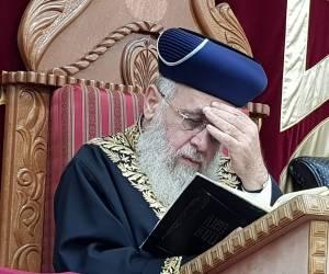 """צפו: הלכה יומית עם הראשון לציון הגר""""י יוסף: איסור התכה בשבת"""