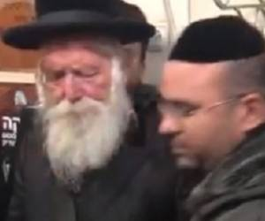 בשירה ותפילה: הרב גרוסמן בקומזיץ מיוחד על קבר רבי נתן
