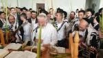צפו: האחים אהרן ויונתן רזאל בהלל דחול המועד