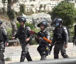 מאות שוטרים: כך נערכה המשטרה ל'מצעד הדגלים'; צפו