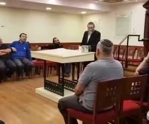 """""""איבדנו אבא ומנהיג"""": גפני ספד למרן הרב שטיינמן זצ""""ל בבית הכנסת, בכנסת • צפו"""