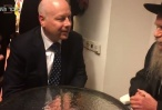 אורח מפתיע בוועידה החרדית שיחת ראש הישיבה ושליחו של טראמפ מלכות של חסד