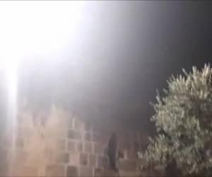 """""""נגמר בנס"""": צפו: 2 ילדים נפלו לתוך בור במבנה העתיק"""