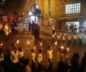הברסלבער'ס הרקידו את כיכר השבת (1)