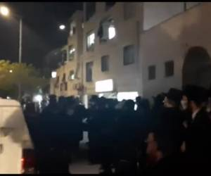 דריכות בעיר החרדית: המחאה בביתר עילית: רבני באיאן הורו להפגין - וחזרו בהם