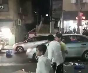 """המשטרה ביצעה מעצרים: מפגיני 'הפלג' - בבני ברק חסמו את רח' ר""""ע; בצפון נכבלו לשרשראות ונשכבו על הכביש"""