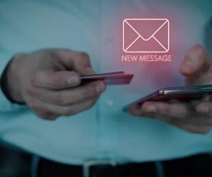 מציעים הלוואה: זהירות: קיבלתם SMS? כנראה זה מהשוק האפור • צפו