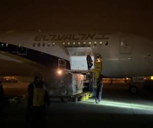 מבצע מורכב • צפו: עם 11 מטוסים: מיליוני פריטי ציוד רפואי בדרך לישראל