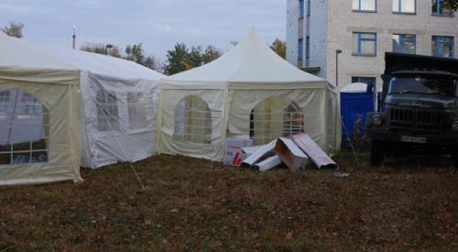 האוהלים כבר מוכנים