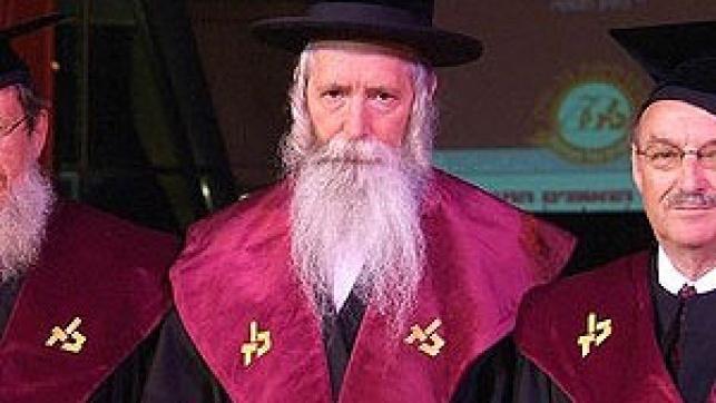 הרב גרוסמן. צילום: ישראל ברדוגו