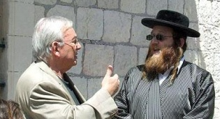 פפנהיים ולונדון. צילום: מתוך התוכנית - כשלונדון ופפנהיים מדברים על עברית