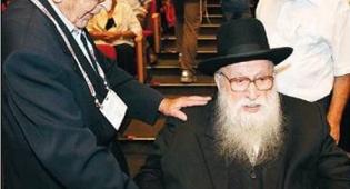 הרב מנחם פרוש בכינוס, אתמול (פלאש 90)