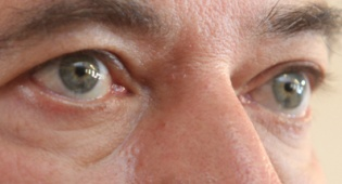 העיניים של אביגדור ליברמן (צילום: פלאש 90)