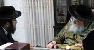"""האדמו""""ר והרב טוביה פריינד - מצמרר: כך נודע לאדמו""""ר שחתנו נרצח"""