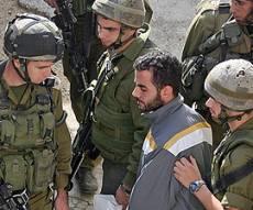 החיילים מבצעים מעצרים בשטח. צילום: פלאש 90