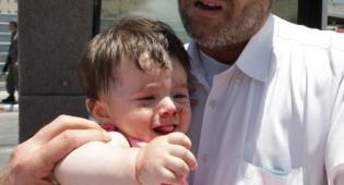(צילום: פלאש 90) - הקו החם: התינוק צורח. מה עושים?