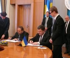 ליברמן ושר החוץ האוקראיני חותמים (צ´: משרד החוץ)