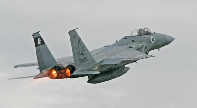 """מטוס קרב ישראלי (צילום: דובר צה""""ל)"""