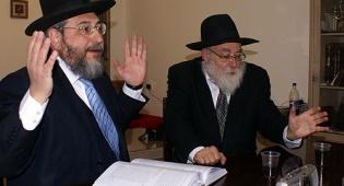 הרב אמסלם והרב אייזשטיין בעימות (צ´: אלחנן דור) - אמסלם: גר לבת שלי? לא שולל לגמרי