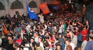 אלפים בסיבוב החומות הקודם (צילום: עמנואל מימון)