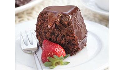 עוגת שוקולד עשירה ועסיסית