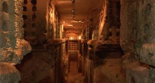 מערות בית גוברין. צילום: פלאש 90 - עיר של מערות - גן לאומי בית גוברין