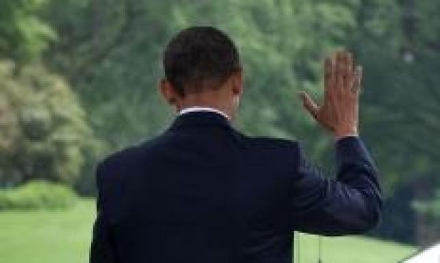 """""""נקטעו לי אצבעות"""". אובמה (צילום: הבית הלבן)"""