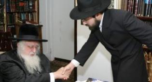 """הרב טייכמן בביקורו אצל גאב""""ד אונגוואר"""