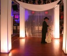 (צילום אילוסטרציה: פלאש 90) - שוב: ראש ישיבה ספרדי נטש חתונה