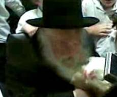 """הגר""""ח עורך ´כפרות´, השבוע (מתוך הוידאו)"""