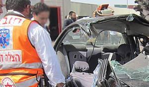 """זירת התאונה (סוכנות הידיעות """"חדשות 24"""") - תמונות אסון: חרדי נהרג בתאונה באשדוד"""