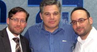 אייזנטל, הרב לוי ודים באולפן (צילום: דוד קליגר)