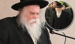 """הרב ארלנגר. בקטן: הרב סלובייצ'יק - הרב סנדר ארלנגר נגד ראש ישיבת בריסק: """"ליצן, עוכר ישראל"""""""