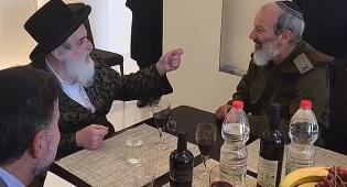 הפגישה החשאית בין הרבי מויז'ניץ לקצין המילואים הראשי