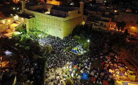 האלפים בשבת - 35 אלף איש בחברון, תמונה אחת • צפו