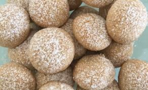 מתכון לעוגיות ביס חמאה ושקדים שנמסות בפה