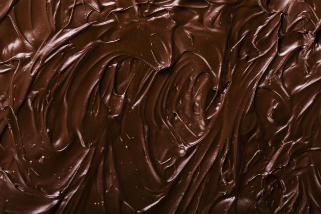קרם שוקולד וחמאת בוטנים לציפוי עוגות וקינוחים