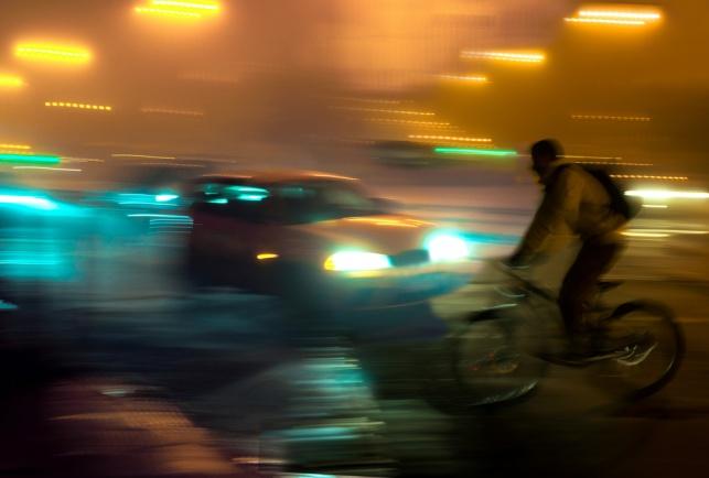 רוכב אופניים חשמליים נפצע באורח קשה