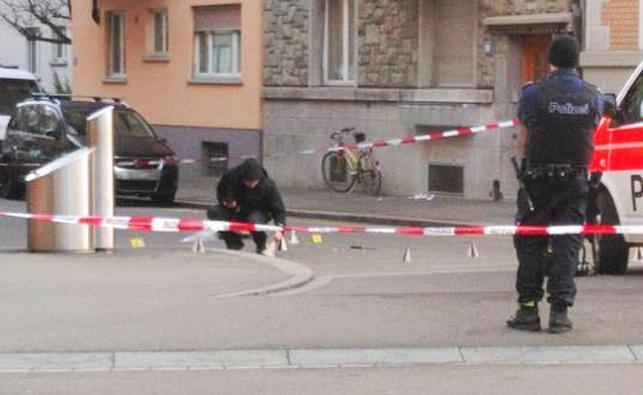 שוויץ: אדם איים על שוטרים בסכין קצבים ונורה