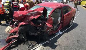 עשרה פצועים בתאונת דרכים חזיתית וקשה