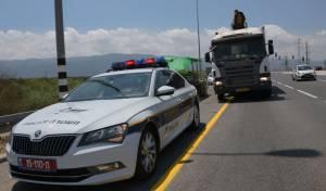 השוטרים פינו עשרות דוכנים משולי הכביש