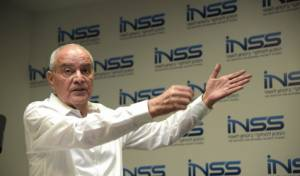 חלוץ במכון למחקרי ביטחון לאומי