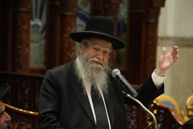 הגאון רבי אביעזר פילץ, ראש הישיבה