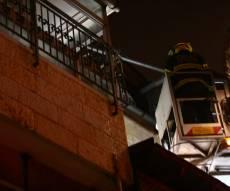 שריפה בבניין מגורים חרדי; הלכודים חולצו
