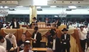 צפו בווידאו: ציון יחזקאל במעמד הסליחות